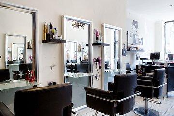 Barnetts Salon