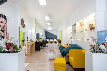 Ivoire Salon