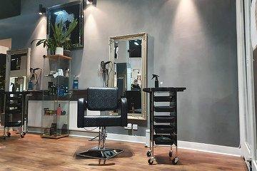 Michael John Hairdressing & Barbering