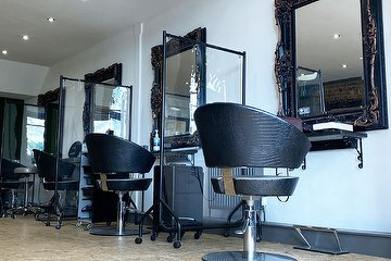The Kirsty Sutherland Salon