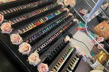 Mimi's Nail Art & Beauty