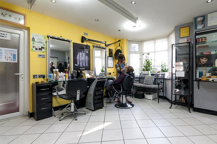 Bonton hair and beauty salon beauty salon in withington for Beauty salons in manchester
