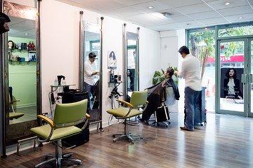 Jair Santamaria Hairdressers