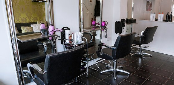 Nuvo hair and beauty beauty salon in selly oak for Hair salon birmingham