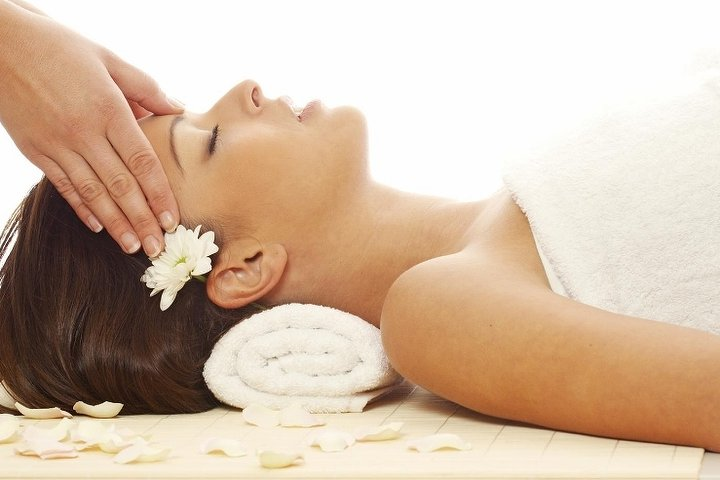 Pure therapy mobile massage in palmers green london for A salon palmers green