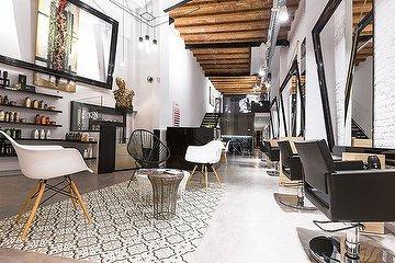 Noguera Hair & Art Salon, L'Antiga Esquerra de l'Eixample, Barcelona