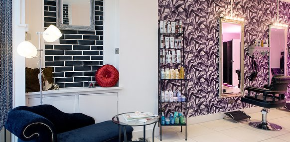 Salon zone boutique hair salon in holloway london for 56 west boutique and salon