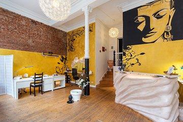 C.Stil Lounge Beauty & Wellness