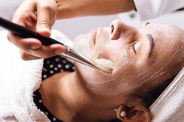 Lorraine Hart Skin Care Expert -Hove