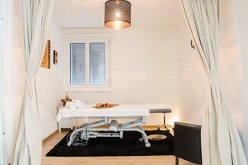 Montra Lanna Thai Massage & Spa
