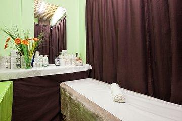 Ahlam Hair & Beauty Salon