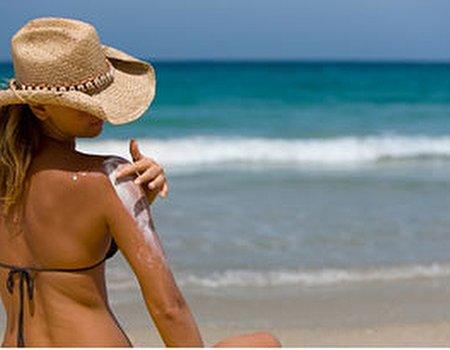 How do I go about choosing a good sunscreen?