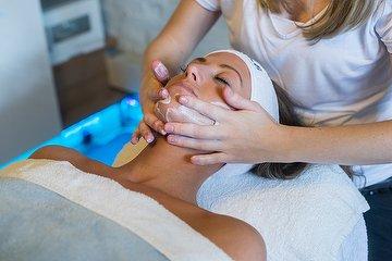 BDR Anti-Wrinkle, Rejuvenating Treatments
