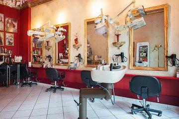 Salon Scherenschnitt