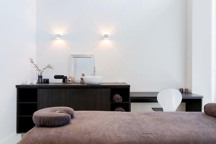 Massage Studio Opbuuren  Massagesalon In Maarssen, Provincie Utrecht -8207