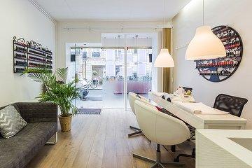 Nails C'May Salon, Saint-Georges, Paris