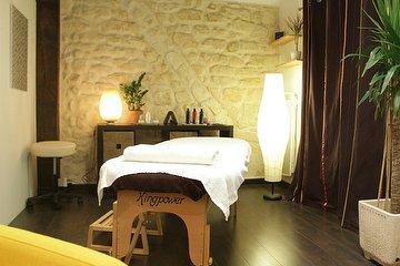 Massage Studio by Jean-Jacques