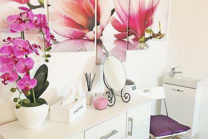 beauty salon bella berlin kosmetikstudio in prenzlauer berg berlin treatwell. Black Bedroom Furniture Sets. Home Design Ideas