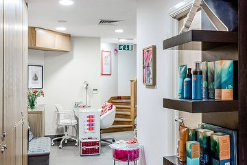 Beauty Bar @Efendi Hairdressers