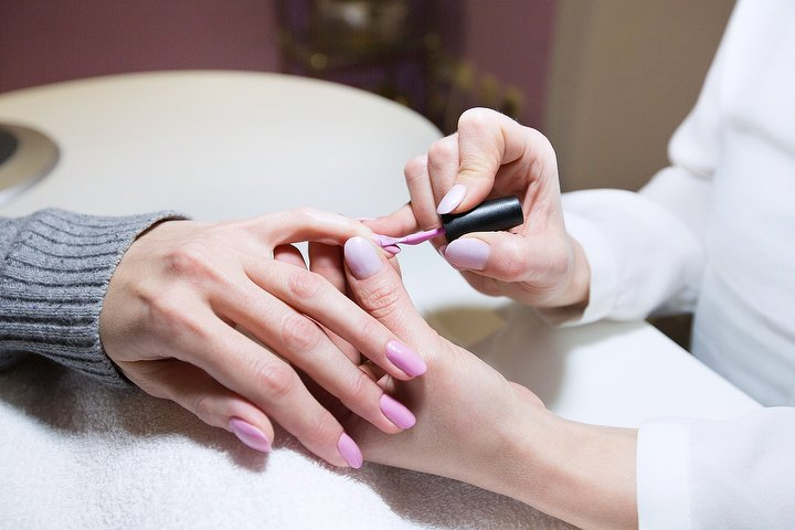 The pamper rooms glasgow beauty salon in mount florida for Aaina beauty salon glasgow