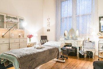 Conetta & Co Beauty Rooms