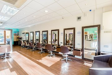 Alan Lawrence Salon