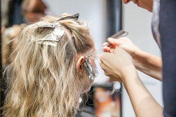 Blooms Hair
