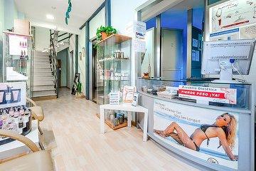 Lorenzo's Beauty Station, Plaza de Olavide, Madrid