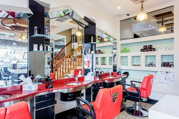 Zara Hair, Beauty & Barber