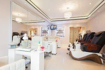 Gloss Nail Care Salon