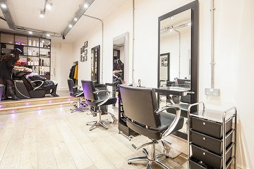 Daivas Hair Studio - Greenwich