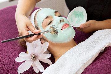 Chique Body & Beauty Salon
