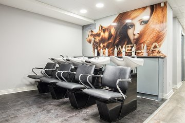 Q & M Hair & Beauty Capel Street