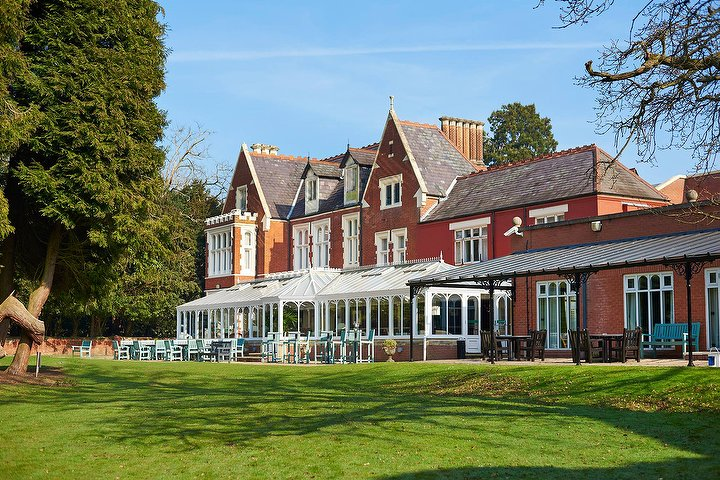 St Annes Hotel Wokingham