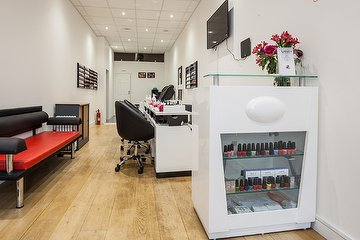 Vanity Nails & Beauty Covent Garden