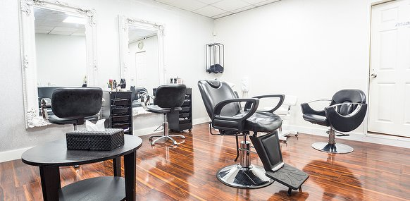 Pure hair and beauty manchester beauty salon in rushholm for Beauty salons in manchester