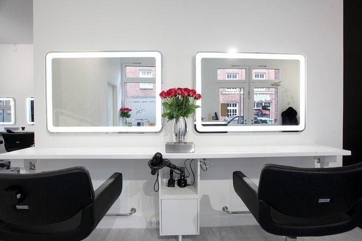 yas friseur in neustadt hamburg treatwell. Black Bedroom Furniture Sets. Home Design Ideas