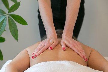 Lynsey McKenzie Massage and Holistic Healing