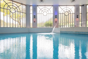 Wave Spa & Wellness at Crowne Plaza Gerrards Cross