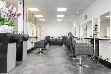 Djam Hairdressing